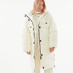 NWOT Urban Outfitters Oversized Cocoon Puffer - XS